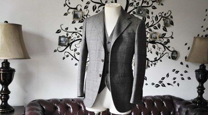 私のスーツの紹介-CARLO BARBERA クリームフランネル グレンチェックスリーピース-