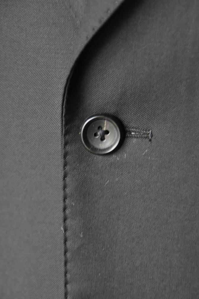 DSC0203 お客様のスーツの紹介-CANONICO ブラックスーツ-