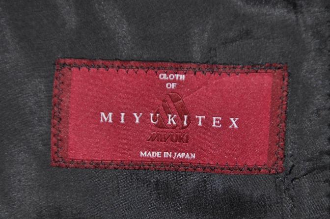 DSC02042 お客様のスーツの紹介-御幸毛織 Box Collection グレーバーズアイ-