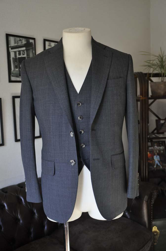 DSC02072 お客様のスーツの紹介- Biellesi グレーバーズアイ-