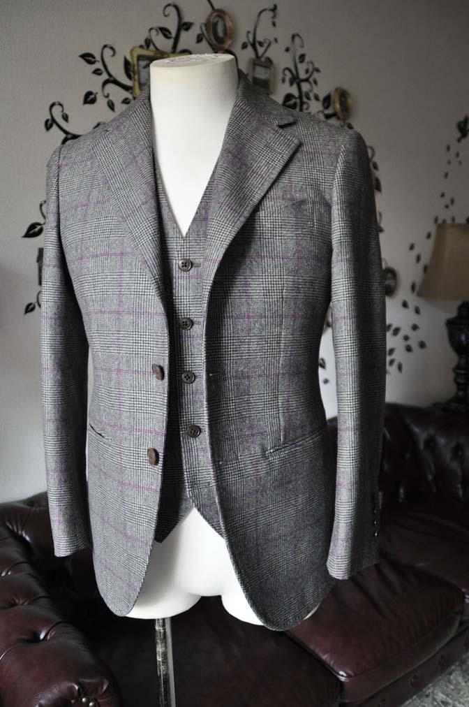DSC0209-4 私のスーツの紹介-CARLO BARBERA クリームフランネル グレンチェックスリーピース-