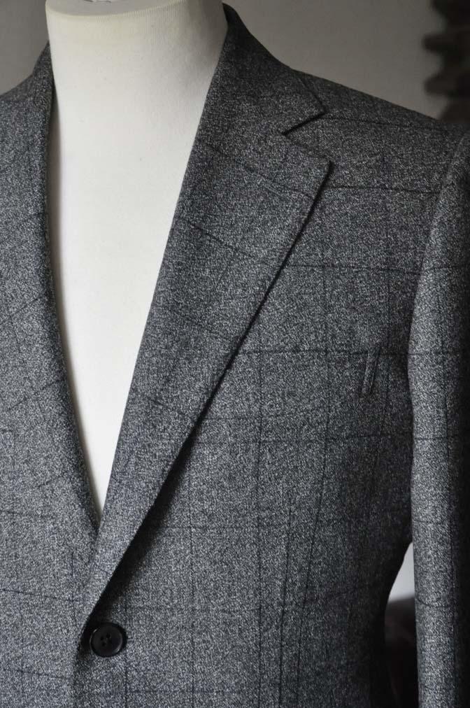 DSC0210-2 お客様のスーツの紹介- Loro Piana Dream Tweed グレーウィンドペン- 名古屋の完全予約制オーダースーツ専門店DEFFERT