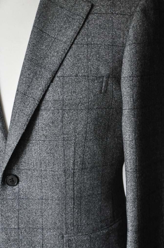 DSC0211-2 お客様のスーツの紹介- Loro Piana Dream Tweed グレーウィンドペン- 名古屋の完全予約制オーダースーツ専門店DEFFERT