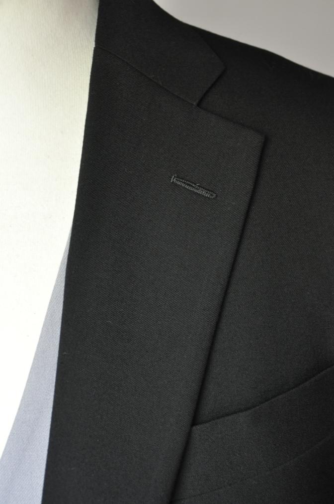 DSC02171 お客様の礼服の紹介-御幸毛織 ブラックスーツ コールパンツ グレーベスト-