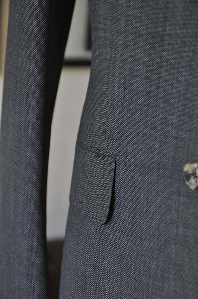 DSC02192 お客様のスーツの紹介- Biellesi グレーバーズアイ-