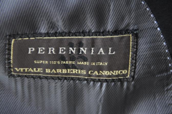 DSC0220 お客様のスーツの紹介-CANONICO ブラックスーツ-
