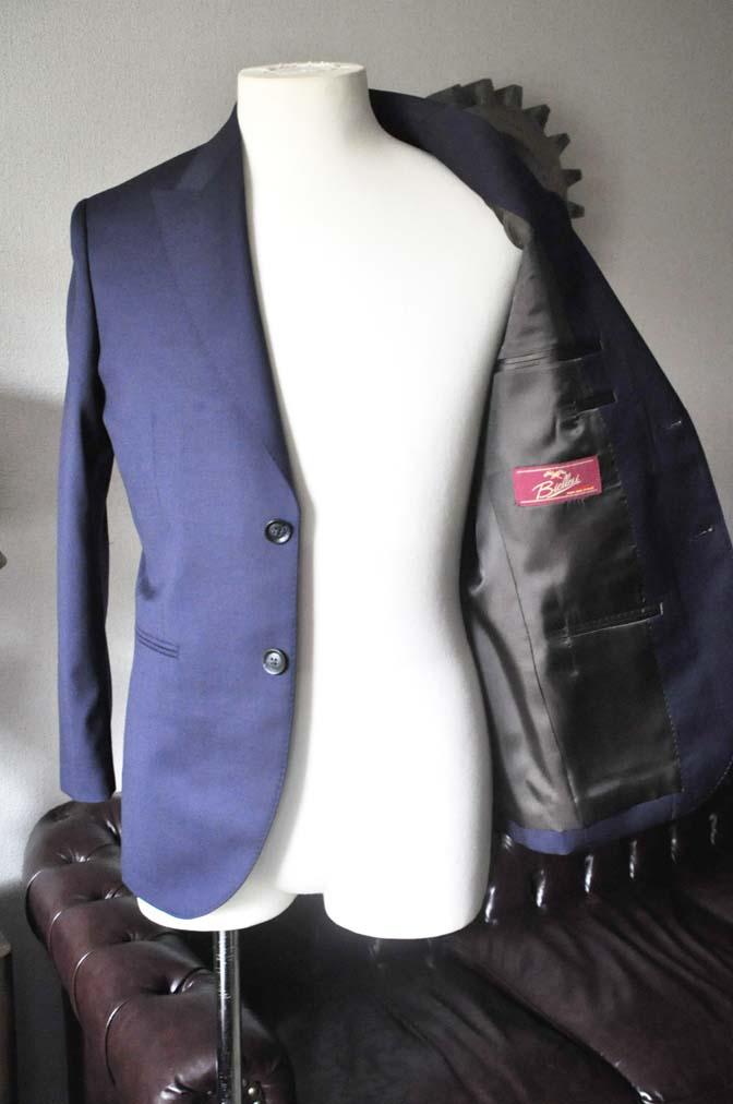 DSC0222-1 お客様のスーツの紹介- Biellesi 無地ネイビースーツ-