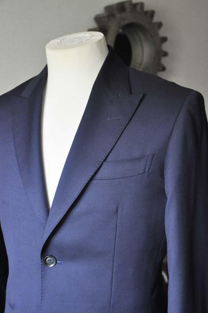 DSC0227-2 お客様のスーツの紹介- Biellesi 無地ネイビースーツ-