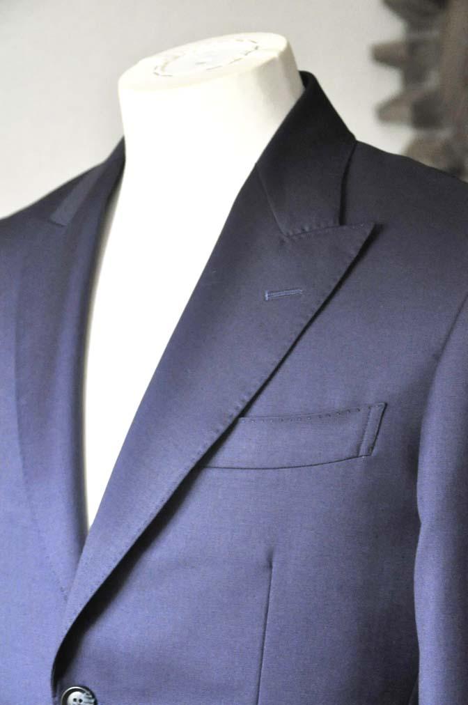 DSC0233-2 お客様のスーツの紹介- Biellesi 無地ネイビースーツ-