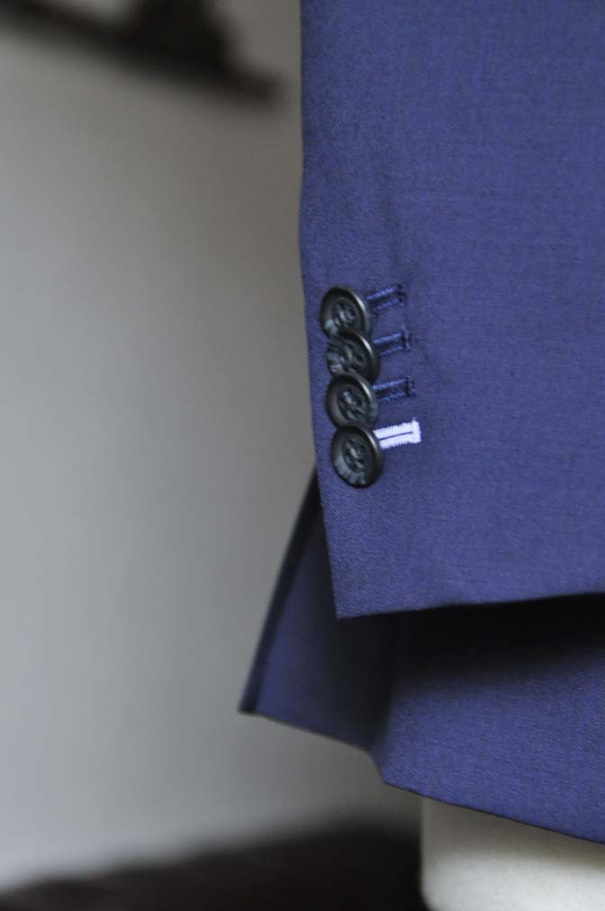 DSC0234-2 お客様のスーツの紹介- Biellesi 無地ネイビースーツ-