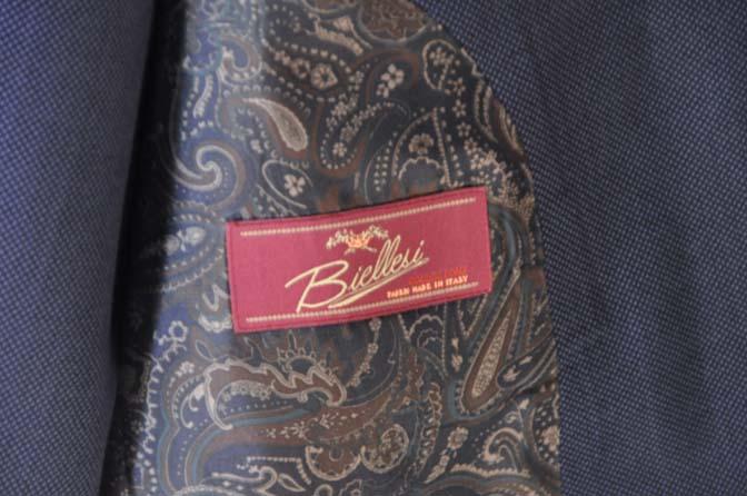 DSC0240-1 お客様のスーツの紹介- Biellesi ネイビーバーズアイスリーピース-