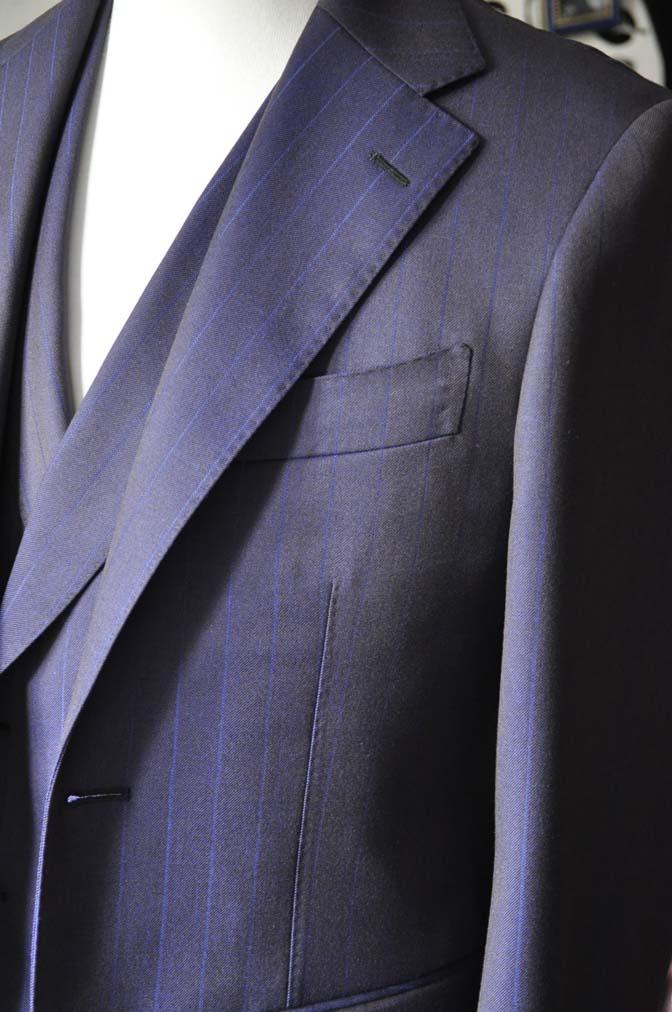 DSC0244-5 私のスーツの紹介-SCABAL TORNADO ネイビーブラウン ストライプ 襟付きダブルジレのスリーピース-