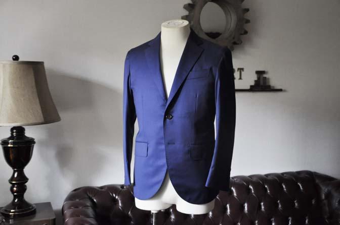 DSC0248-1 お客様のスーツの紹介- Biellesi 無地ネイビースーツ-
