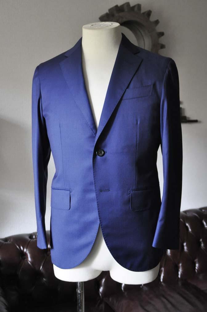 DSC0249-1 お客様のスーツの紹介- Biellesi 無地ネイビースーツ-