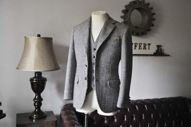 DSC0254-2 ジャケット、ベストの紹介- Harris Tweed- 名古屋の完全予約制オーダースーツ専門店DEFFERT