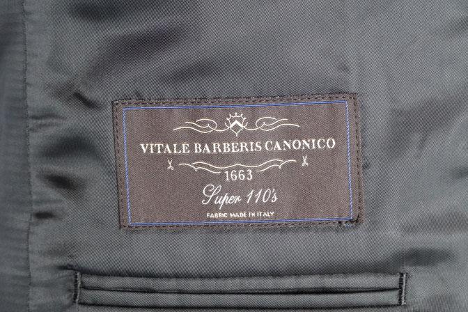 DSC02548 オーダースーツの紹介-CANONICO 無地ブラックスーツ-