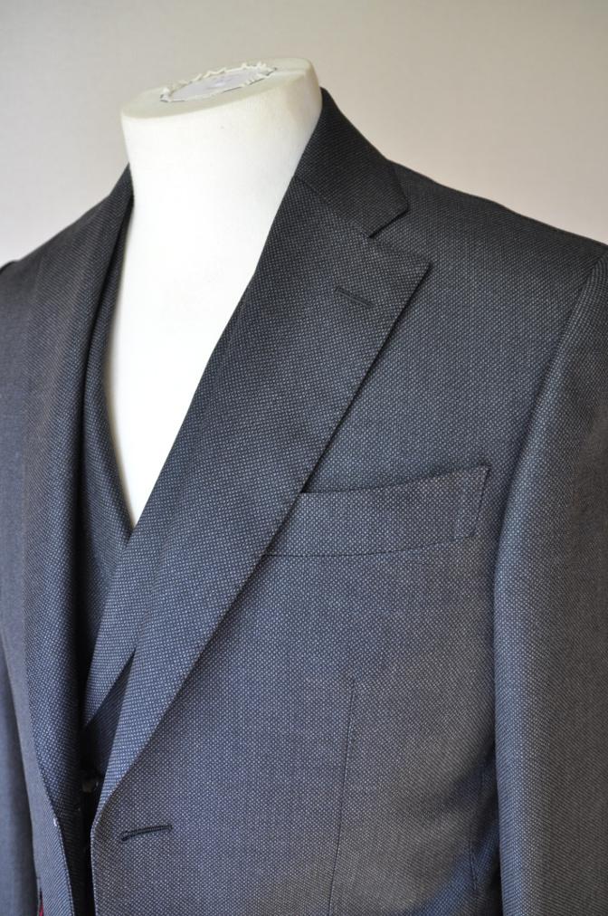 DSC02583 お客様のスーツの紹介- BIELLESI グレーバーズアイ スリーピース-