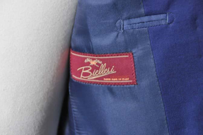 DSC0259-1 お客様のスーツの紹介- Biellesi 無地ネイビースーツ-