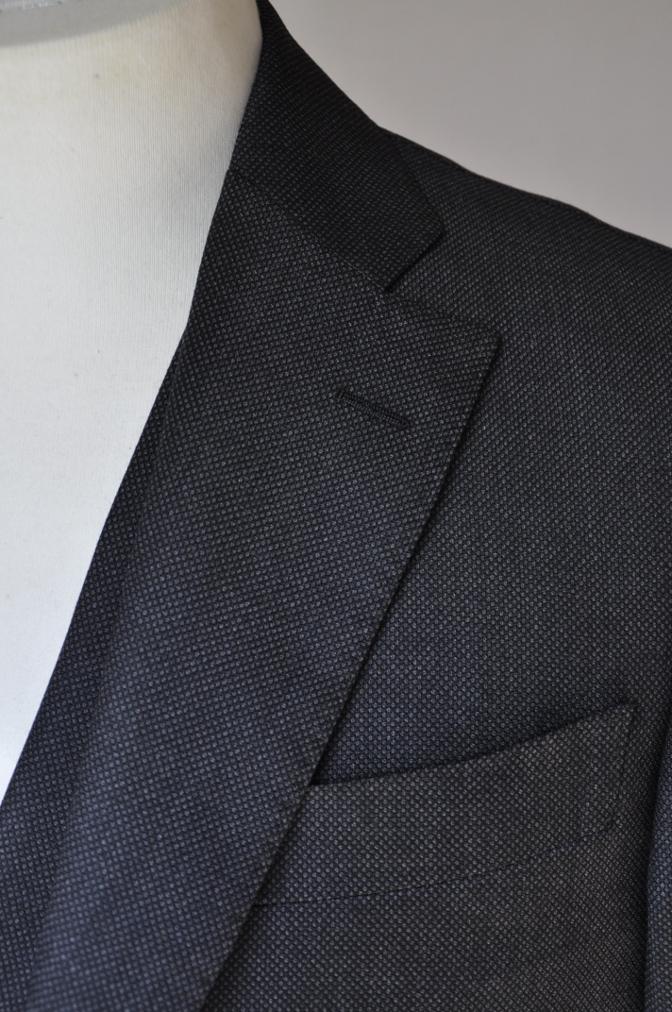 DSC02591 お客様のスーツの紹介- BIELLESI グレーバーズアイ スリーピース- 名古屋の完全予約制オーダースーツ専門店DEFFERT