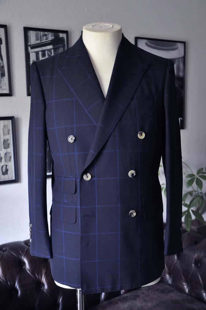 DSC02641 お客様のスーツの紹介-DARROW DALE ネイビーウィンドペン ダブルスーツ-