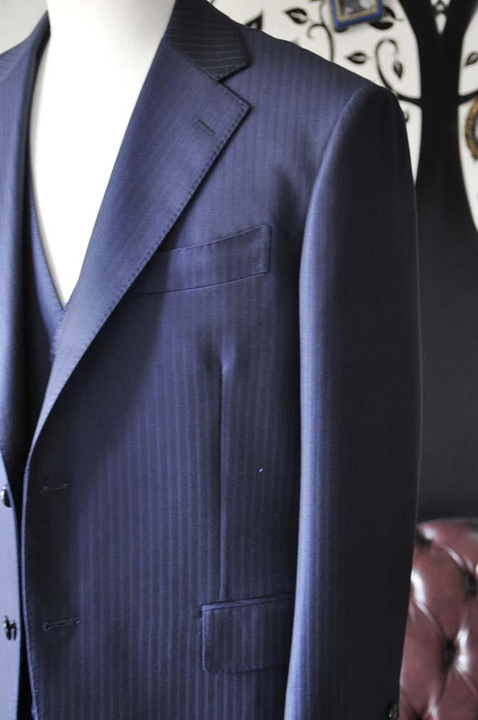 DSC0265-1 お客様のスーツの紹介-Ermenegild Zegnaネイビーストライプ スリーピース-