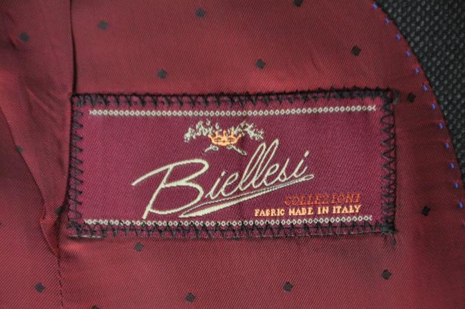 DSC02661 お客様のスーツの紹介- BIELLESI グレーバーズアイ スリーピース- 名古屋の完全予約制オーダースーツ専門店DEFFERT