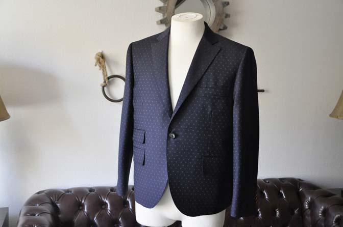 DSC0267-1 お客様のスーツの紹介- Canonico ネイビースーツ-
