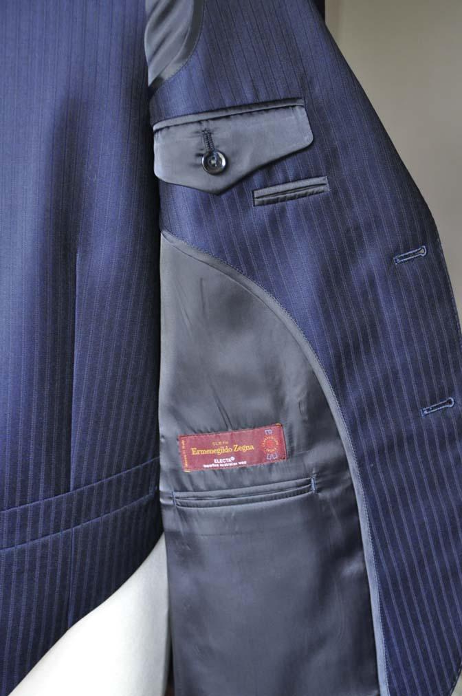 DSC0270-2 お客様のスーツの紹介-Ermenegild Zegnaネイビーストライプ スリーピース-