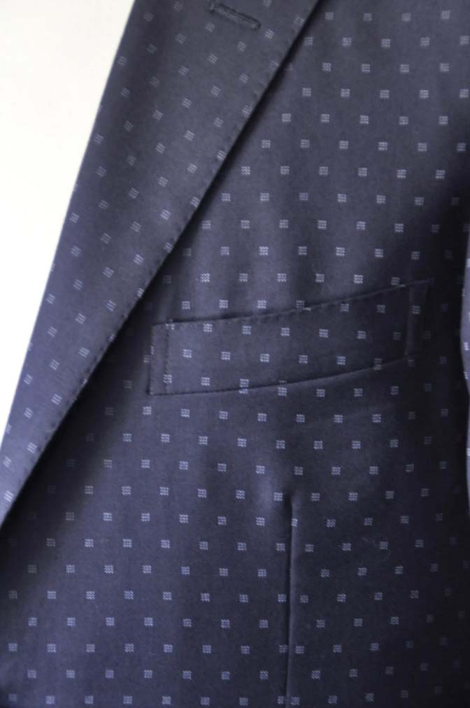 DSC0271-1 お客様のスーツの紹介- Canonico ネイビースーツ-