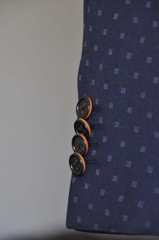 DSC0275 お客様のスーツの紹介- Canonico ネイビースーツ- 名古屋の完全予約制オーダースーツ専門店DEFFERT