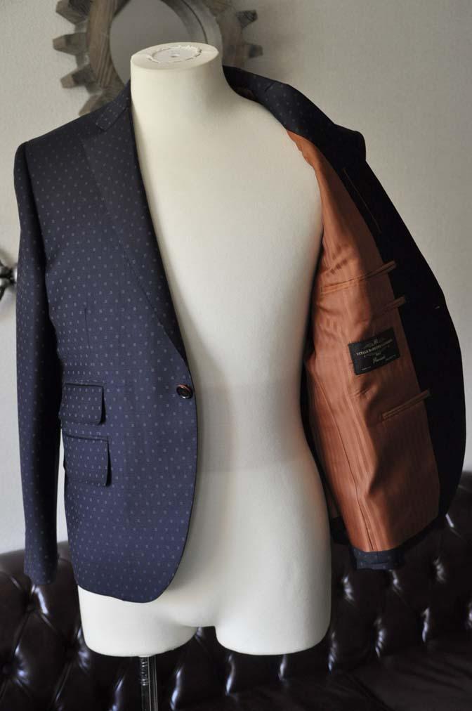 DSC0276-1 お客様のスーツの紹介- Canonico ネイビースーツ-