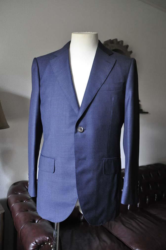 DSC0276-2 お客様のスーツの紹介- Biellesi 無地ネイビースーツ-