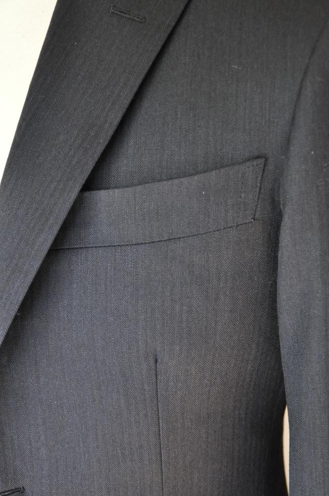 DSC0278 お客様のスーツの紹介-BIELLESI ネイビーヘリンボーン-