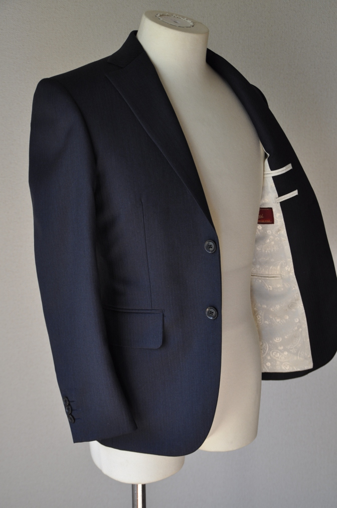 DSC02872 お客様のスーツの紹介-BIELLESI ネイビーヘリンボーン-