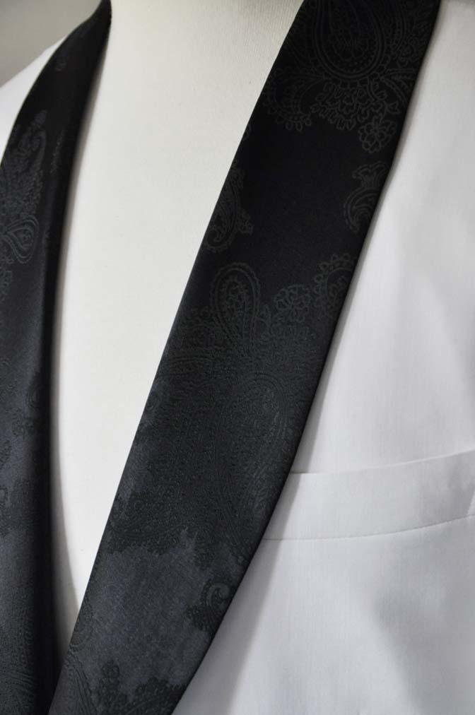 DSC0293-3 お客様のタキシードの紹介- Collezioni Biellesiホワイトショールカラータキシードジャケット、ブラックパンツ-