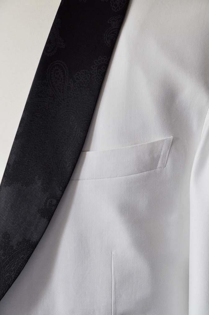 DSC0294-2 お客様のタキシードの紹介- Collezioni Biellesiホワイトショールカラータキシードジャケット、ブラックパンツ-