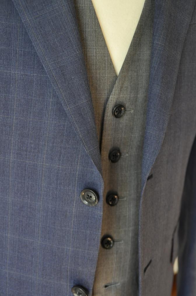 DSC0297 お客様のウエディング衣装の紹介- BIELLESI ネイビーチェックスーツ グレーチェックベスト-