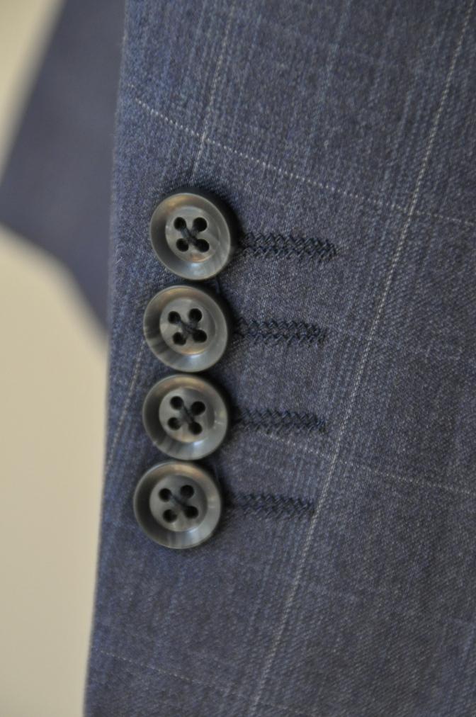 DSC0300 お客様のウエディング衣装の紹介- BIELLESI ネイビーチェックスーツ グレーチェックベスト- 名古屋の完全予約制オーダースーツ専門店DEFFERT