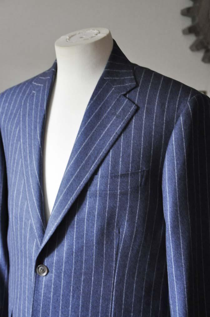 DSC0301-2 お客様のスーツの紹介- CANONICOネイビーフランネルストライプ スーツ-