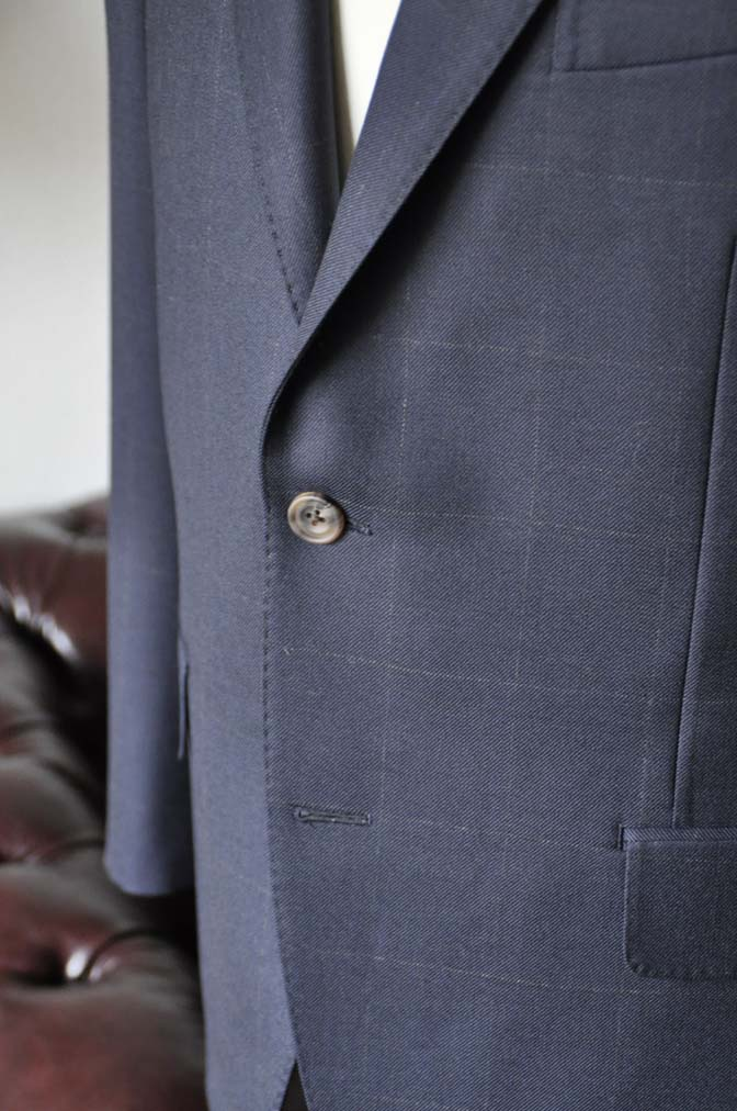 DSC0308-1 お客様のスーツの紹介-DORMEUIL ROYALネイビーウィンドペン スーツ-