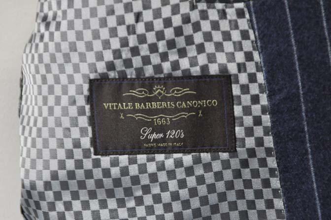 DSC0311-3 お客様のスーツの紹介- CANONICOネイビーフランネルストライプ スーツ-