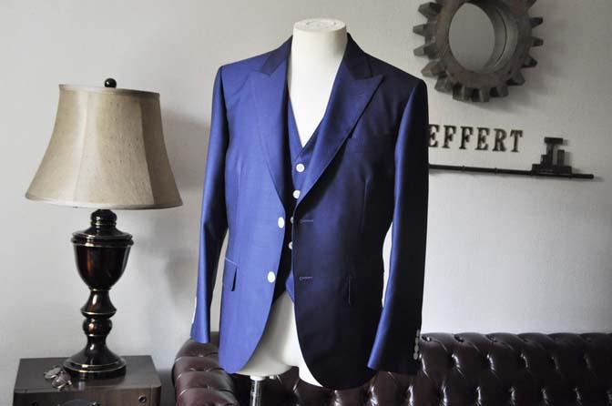 DSC0319-1 お客様のウエディング衣装の紹介-Biellesi ネイビースリーピース-DSC0319-1 お客様のウエディング衣装の紹介-Biellesi ネイビースリーピース- 名古屋市のオーダータキシードはSTAIRSへ