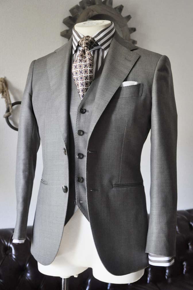 DSC0321-1 お客様のスーツの紹介 名古屋の完全予約制オーダースーツ専門店DEFFERT