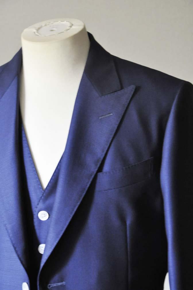 DSC0321-3 お客様のウエディング衣装の紹介-Biellesi ネイビースリーピース-DSC0321-3 お客様のウエディング衣装の紹介-Biellesi ネイビースリーピース- 名古屋市のオーダータキシードはSTAIRSへ
