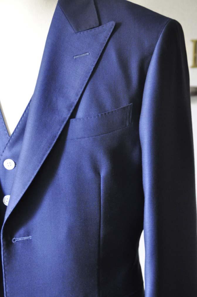 DSC0322-3 お客様のウエディング衣装の紹介-Biellesi ネイビースリーピース-DSC0322-3 お客様のウエディング衣装の紹介-Biellesi ネイビースリーピース- 名古屋市のオーダータキシードはSTAIRSへ