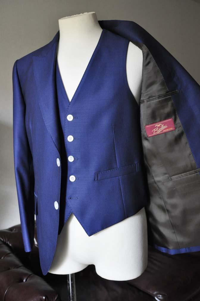 DSC0327-2 お客様のウエディング衣装の紹介-Biellesi ネイビースリーピース-DSC0327-2 お客様のウエディング衣装の紹介-Biellesi ネイビースリーピース- 名古屋市のオーダータキシードはSTAIRSへ