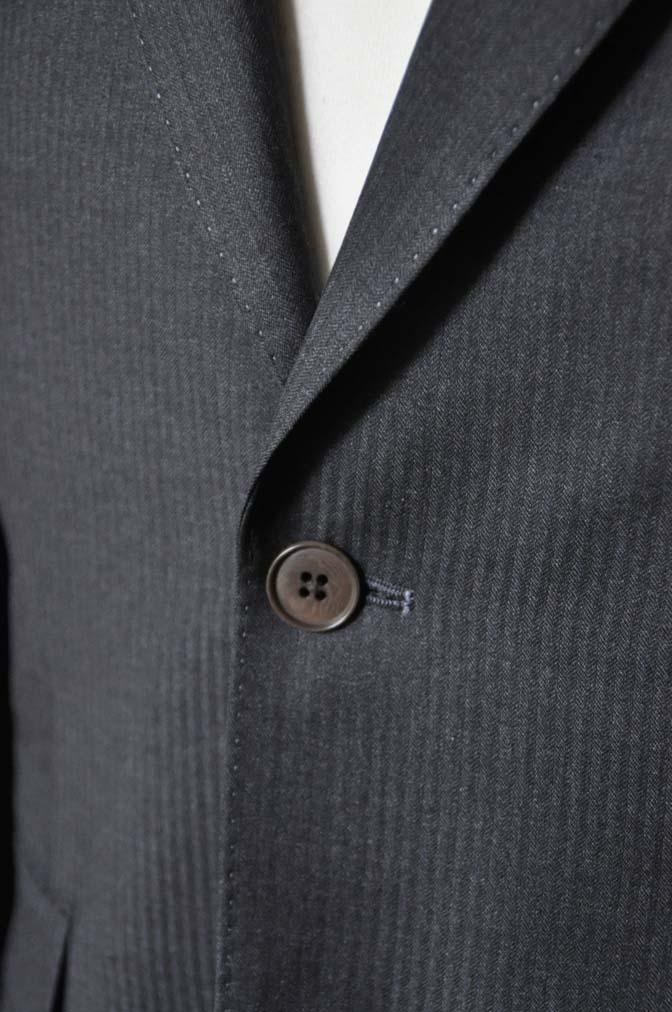 DSC0328-3 お客様のスーツの紹介- Biellesi チャコールグレーヘリンボーンスーツ-