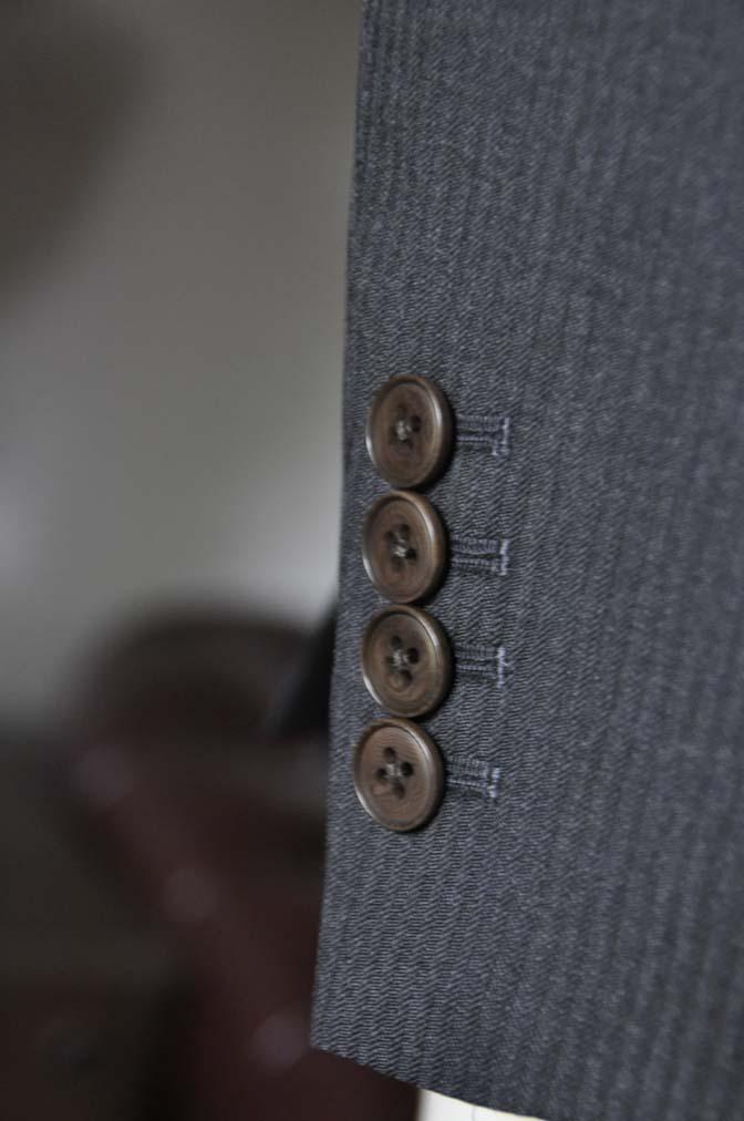 DSC0329-2 お客様のスーツの紹介- Biellesi チャコールグレーヘリンボーンスーツ-