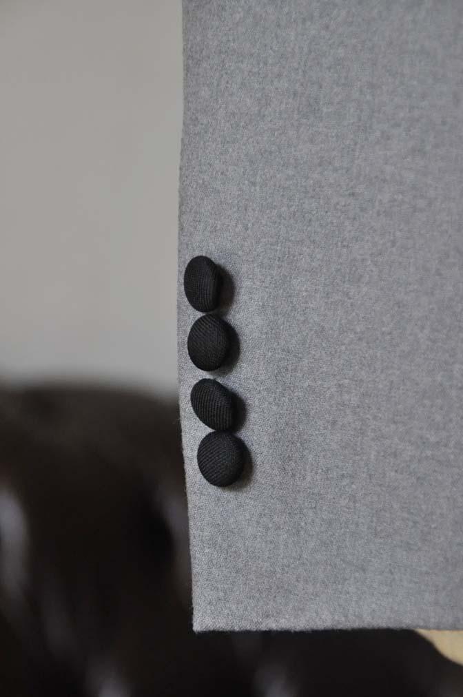 DSC0331-1 お客様のウエディング衣装の紹介- グレーショールカラータキシード-