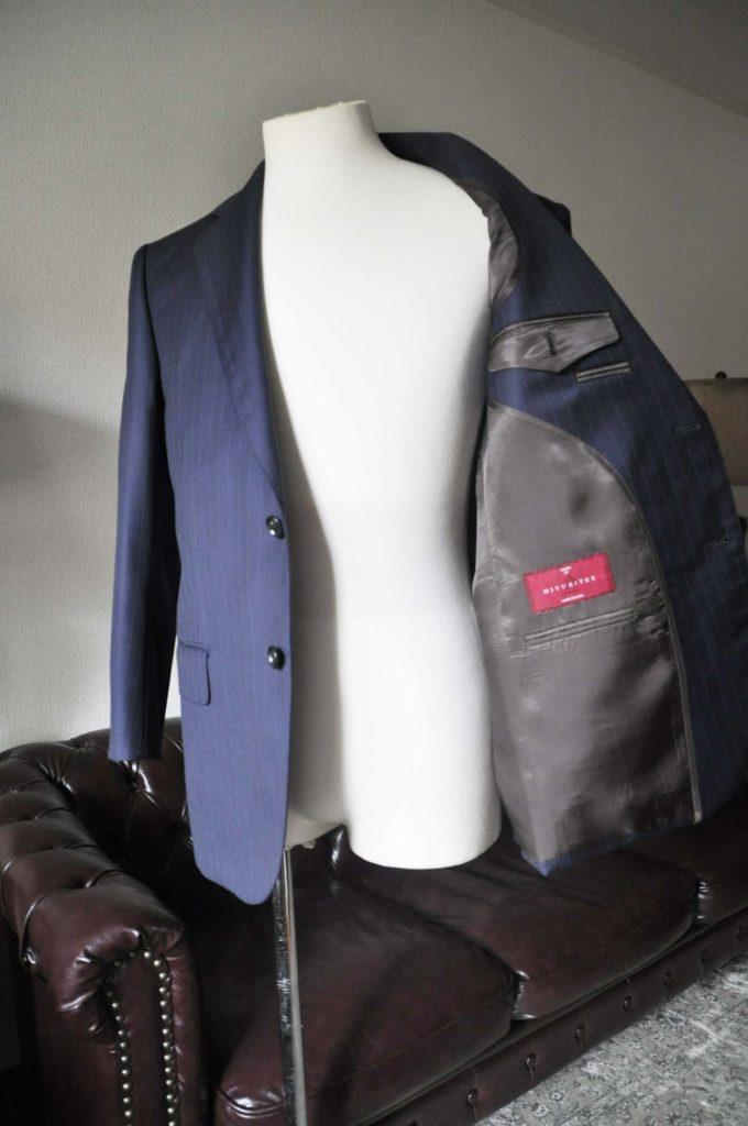 DSC0331-2-680x1024 お客様のスーツの紹介- 御幸毛織 ネイビーストライプスーツ-